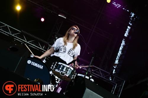 The Slow Club op MS Dockville Festival 2012 foto