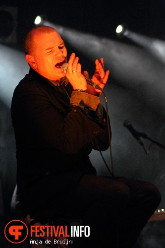 Gavin Friday op Waterpop 2012 foto