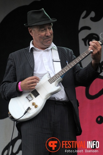 Fischer-Z op Pinkpop Classic 2012 foto