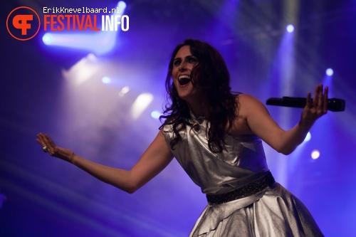Within Temptation op Appelpop 2012 foto