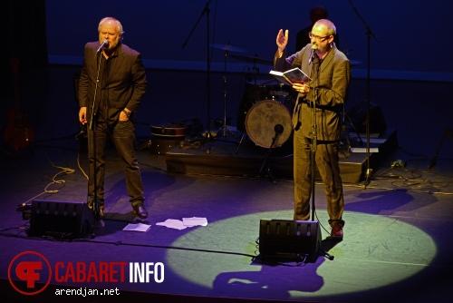 Ronald Giphart op Nico Dijkshoorn & Ronald Giphart - 26/10 - Leidse Schouwburg foto