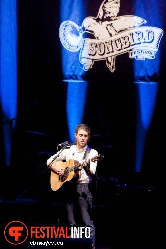 Matt Corby op Songbird Festival 2012 foto