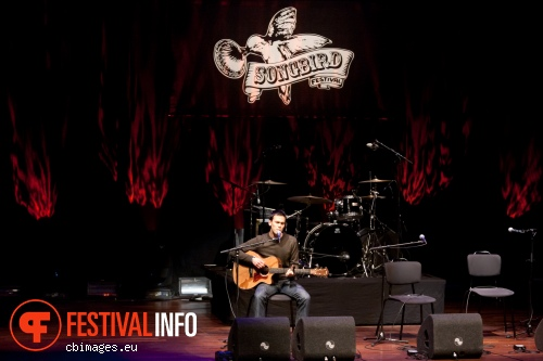 Justin Nozuka op Songbird Festival 2012 foto