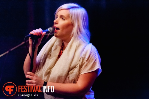 Foto Nina June op Songbird Festival 2012
