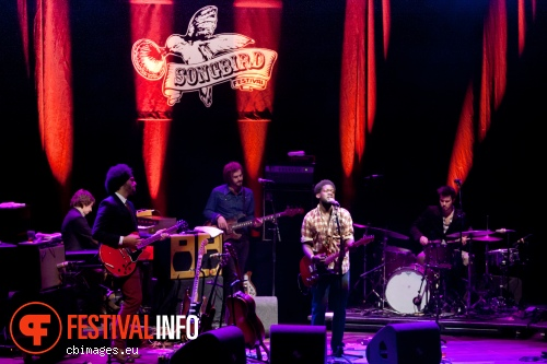Foto Michael Kiwanuka op Songbird Festival 2012