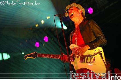Foto Zita Swoon Group op Pukkelpop 2006