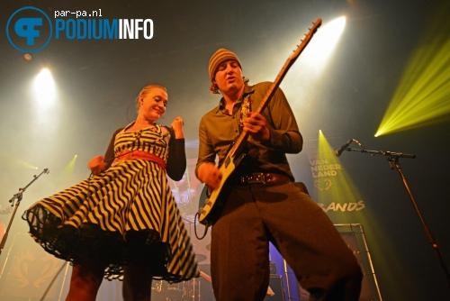 Einsteinbarbie op Finale Grote Prijs Bands - 8/12 - Melkweg foto