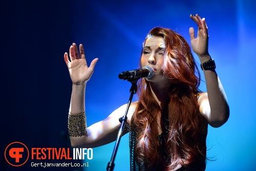 Chrysta Bell op State-X New Forms 2012 foto