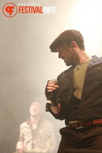 Foto Babylon Circus op Paaspop 2013 - dag 2