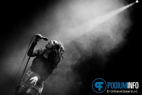 Charli XCX op Ellie Goulding - 9/4 - Paradiso foto