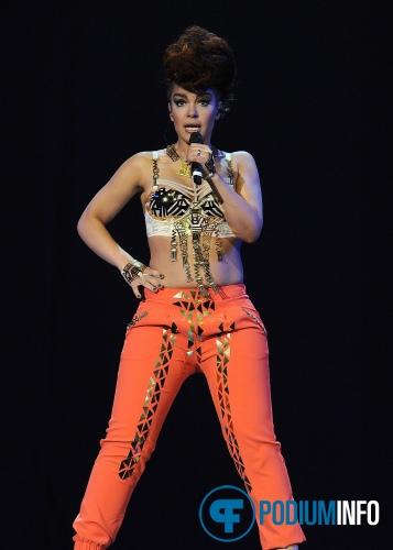 Eva Simons op Beyonce - 21/4 - Ziggo Dome foto