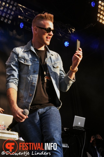 Foto Gers Pardoel op Bevrijdingsfestival Wageningen 2013