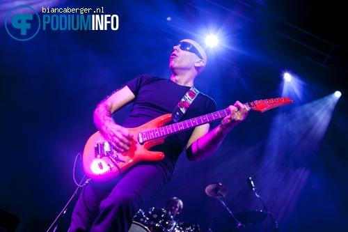 Foto Joe Satriani op Joe Satriani - 05/06 - 013