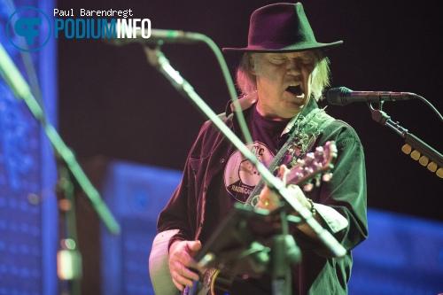 Foto Neil Young & Crazy Horse op Neil Young - 5/6 - Ziggo Dome