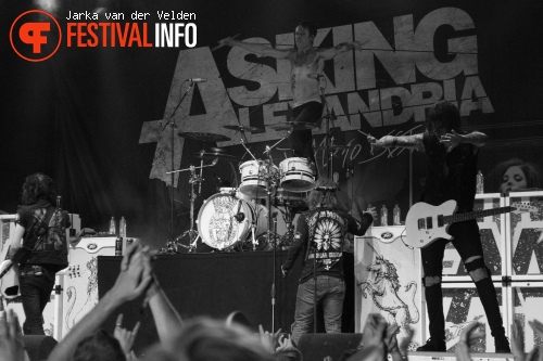 Asking Alexandria op Jera On Air 2013 foto