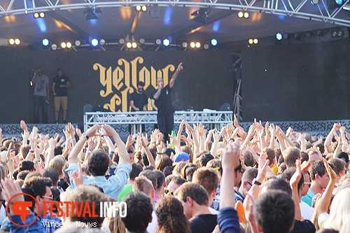 Yellow Claw op Out of Control 2013 foto