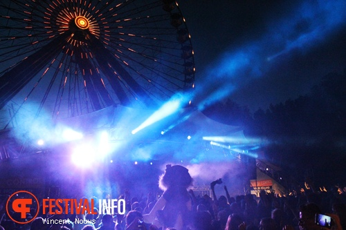 Out of Control 2013 foto