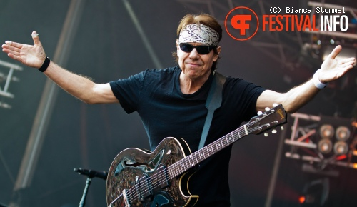 George Thorogood & The Destroyers op Bospop 2013 foto