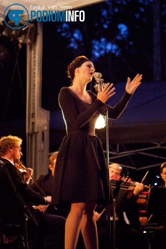 Foto Hooverphonic op Hooverphonic - 25/8 - Openlucht Theater Amsterdamse Bos