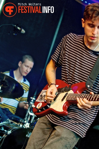 Beach Fossils op Into The Great Wide Open 2013 - dag 1 foto