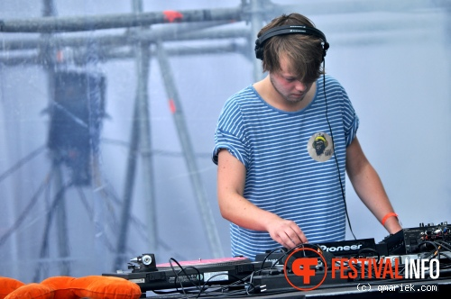 Young Hand op Summer Square 2013 foto