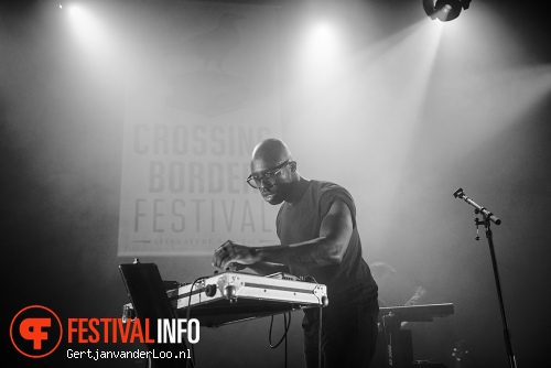 Foto GhostPoet op Crossing Border 2013