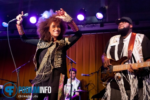 Andy Allo op Andy Allo - 30/11 - People's Place foto