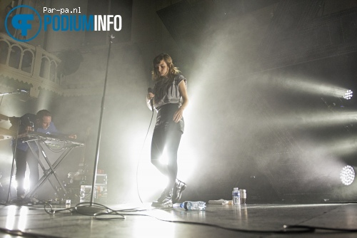Foto Chvrches op Chvrches - 19/3 - Paradiso