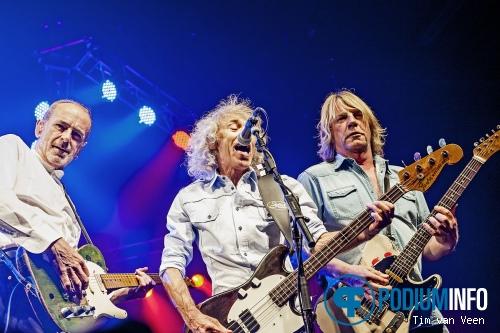 Foto Status Quo op Status Quo - 23/3 - Ijsselhallen Zwolle