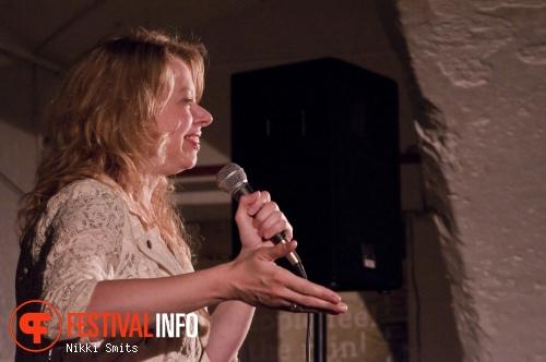 Jennifer Evenhuis op Utrecht International Comedy Festival 2014 foto