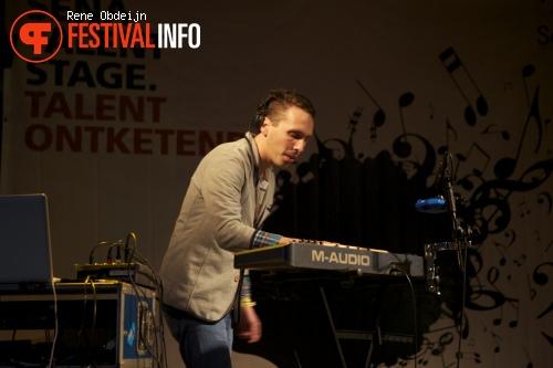 Hip & Hanneke op Bevrijdingsfestival Overijssel 2014 foto