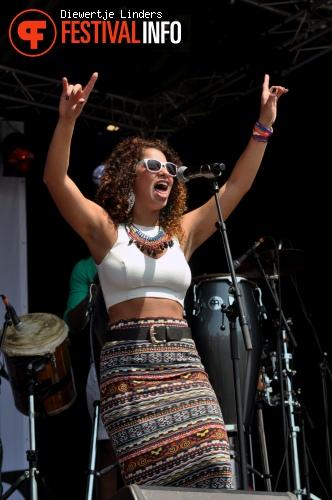 KUENTA op Bevrijdingsfestival Den haag foto