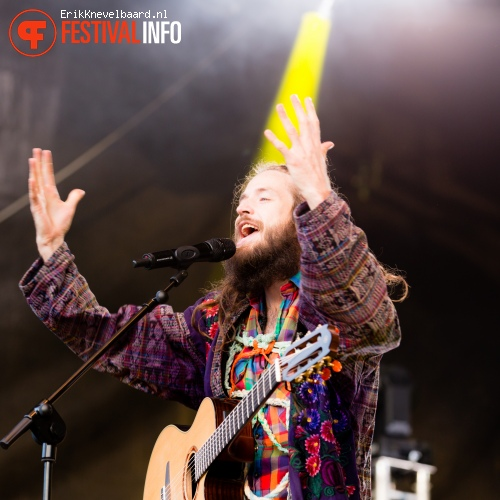 Crystal Fighters op Indian Summer Festival 2014 foto