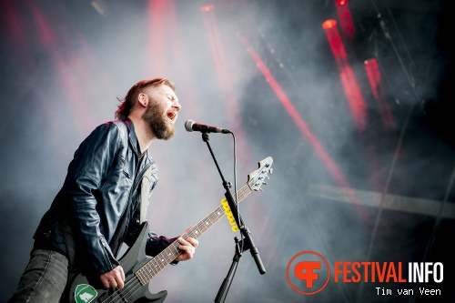 Seether op Graspop Metal Meeting 2014 dag 1 foto