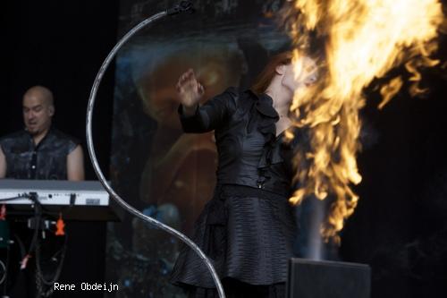 Epica op Parkpop 2014 foto