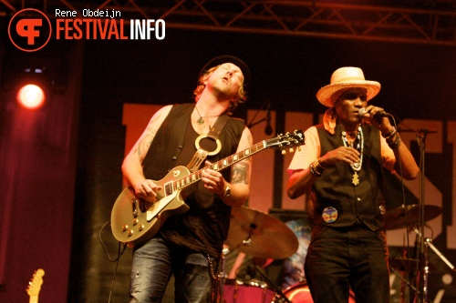 Royal Southern Brotherhood op Bluesrock Tegelen 2014 foto