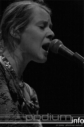 Brown Feather Sparrow op At The Close Of Everyday - 25/3 - Hedon foto