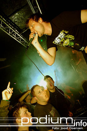 Born From Pain op Born From Pain/First Blood- 18/3 - Pul foto