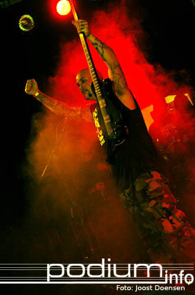 First Blood op Born From Pain/First Blood- 18/3 - Pul foto