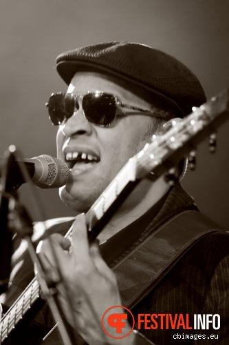 Raul Midón op Songbird 2014 - dag 2 foto
