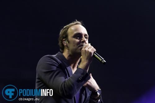 Niels Geusebroek op Top 2000 in concert foto