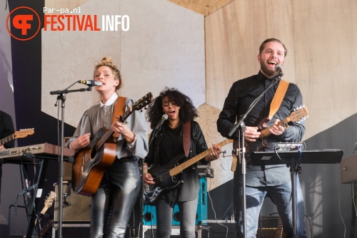 Sue the Night op Grasnapolsky 2015 foto