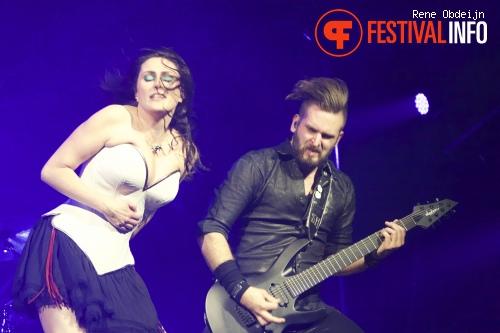 Foto Within Temptation op Paaspop Schijndel 2015 - zaterdag
