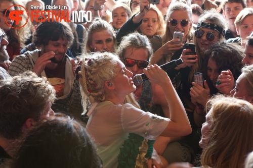 Skip & Die op Bevrijdingsfestival Overijssel 2015 foto