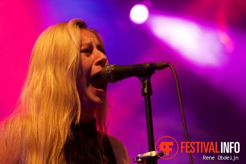 Joanne Shaw Taylor op Ribs & Blues Festival 2015 foto
