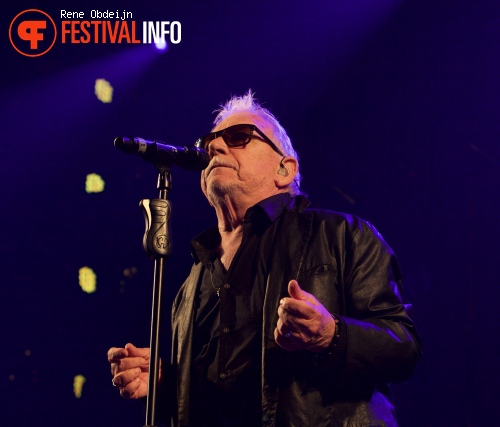 Foto Eric Burdon & The Animals op Ribs & Blues Festival 2015