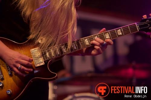 Foto Joanne Shaw Taylor op Ribs & Blues Festival 2015