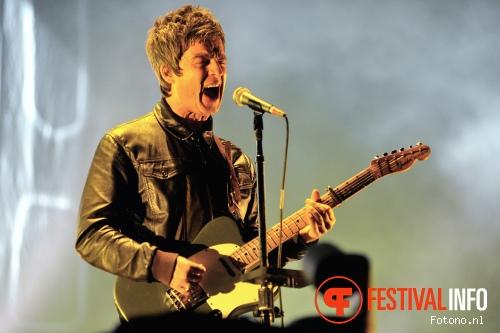 Noel Gallagher's High Flying Birds op Best Kept Secret 2015 - Zaterdag foto