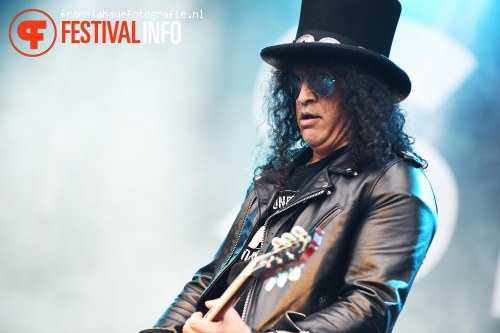 Foto Slash feat. Myles Kennedy & The Conspirators op Graspop Metal Meeting 2015