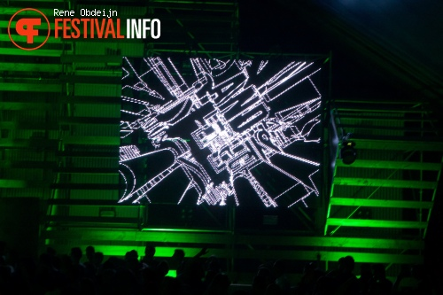 Chase & Status op We Are Electric 2015 foto